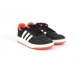 Gyermek 35-ös Adidas használt cipő, jó állapotban